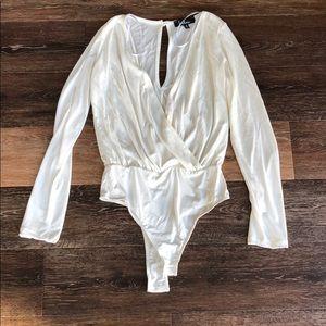 Lulu's size M bodysuit